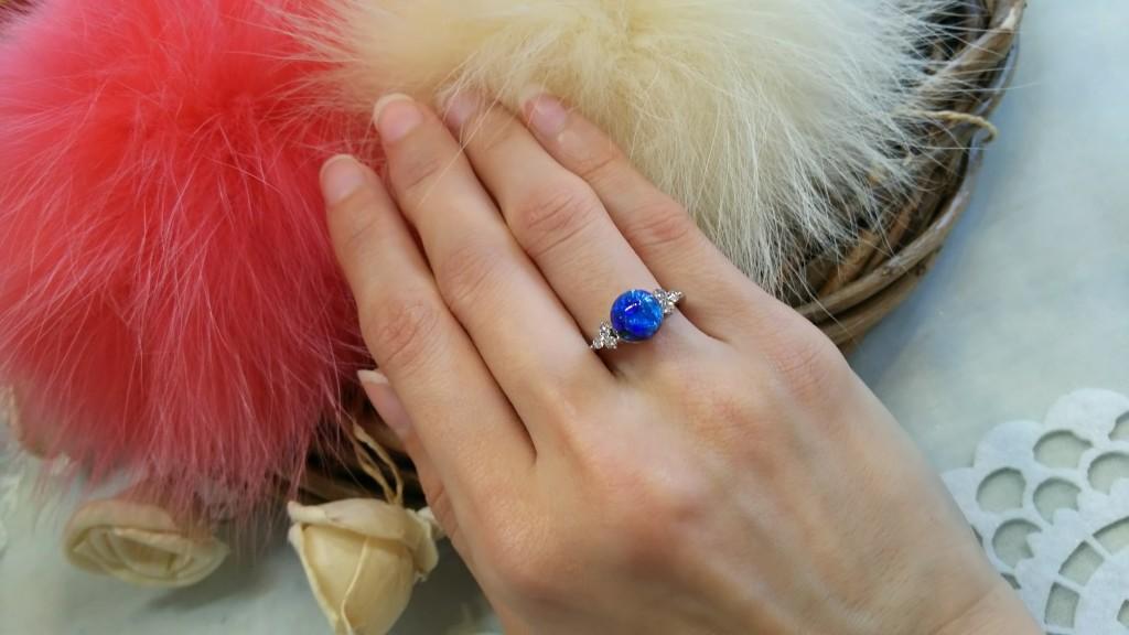 ホタルガラスの指輪