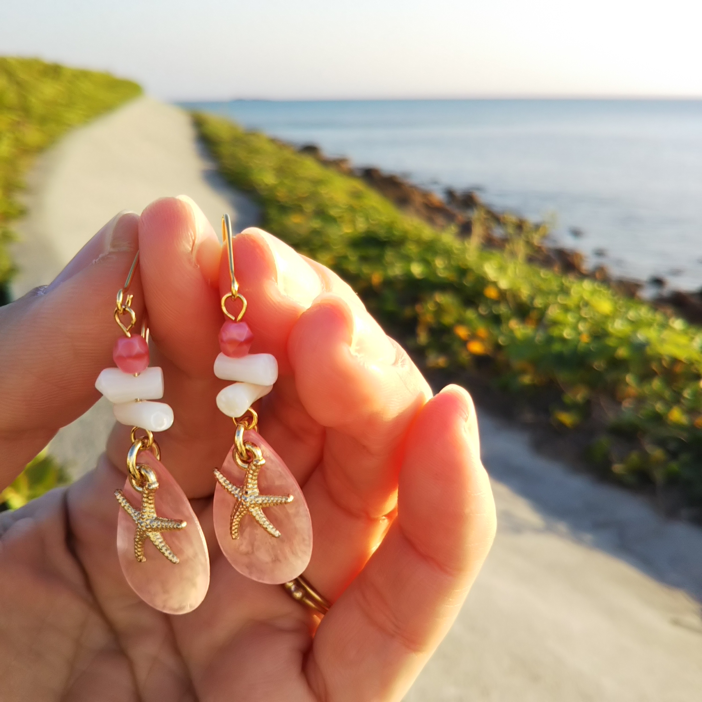 サンゴ 白枝サンゴ シェル ピアス 海 海岸 春色